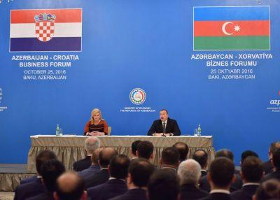 Iz Azerbajdžana (foto: Ured predsjednice)