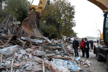 Dan kada je srušeno privremeno rješenje koje je potrajalo 63 godine (foto: TRIS J. Krnić)