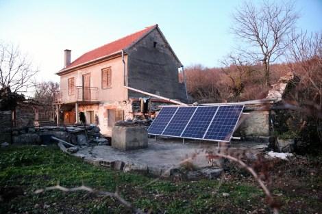 Solarni paneli Jovanu daju tri kW struje
