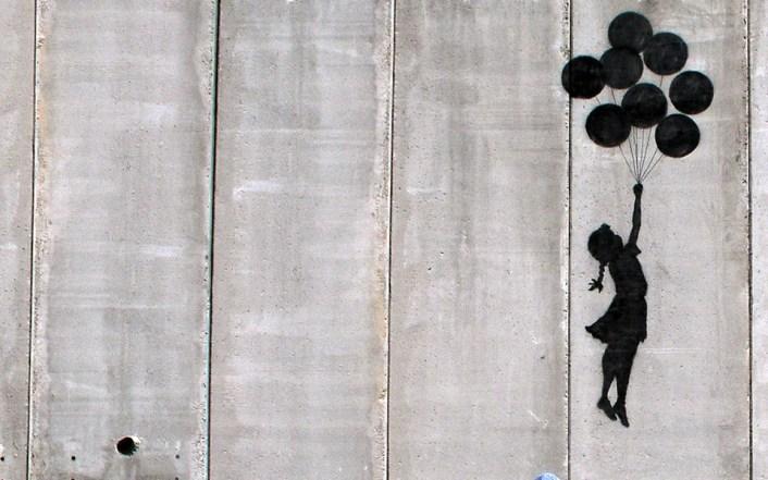 Banksyijeva umjetnina na zidu (foto banksy.co.uk)