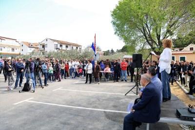 Prosvjed Vodičana protiv apartmanizacije Plave plaže 2. travnja  (Foto: Tris/H. Pavić)