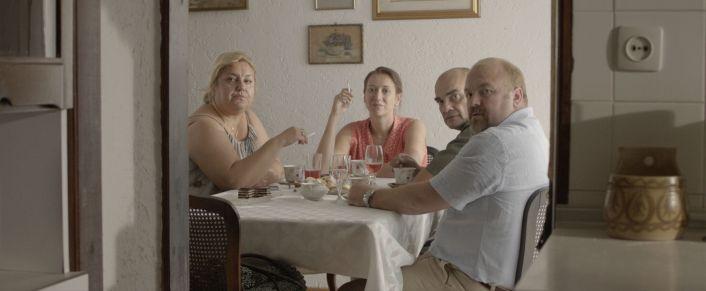 Za stolom: Areta Ćurković, Lana Barić, Milivoj Beader i Nikša Butijer (foto: Trešnje)