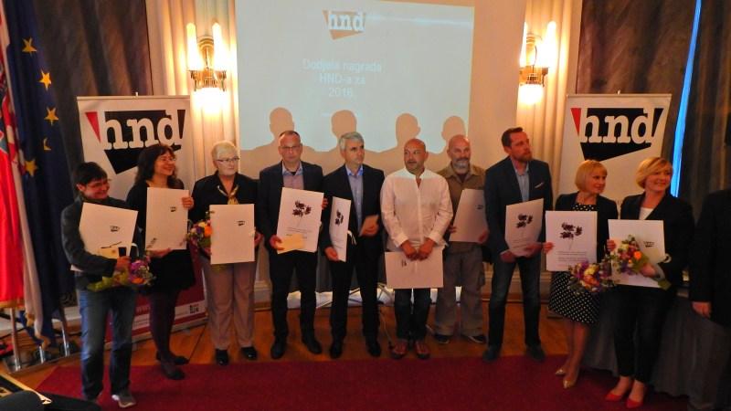 Nagrađene kolege (foto TRIS)