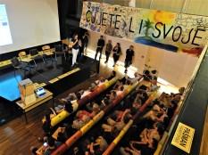 Tribina Pokreta otoka u splitskim Zlatnim vratima (foto TRIS/G. Šimac)