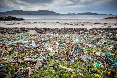 Do 2050. u morima i oceanima bit će više plastike nego ribe?