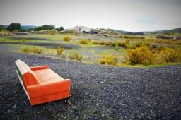 Kauč na šljaki (foto TRIS/G. Šimac)