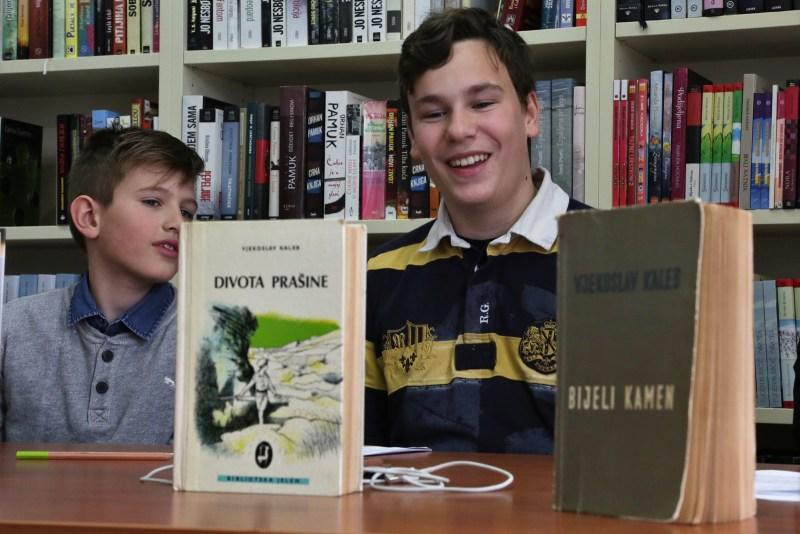 Učenici Lorenco Naica i Viktor Hodak
