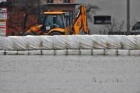 Građenje barijere (foto TRIS/G. Šimac)
