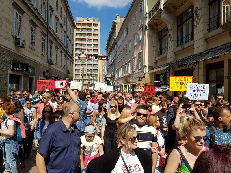 Hod za slobodu: Rijeka nije ravna ploča – Smrt fašizmu, sloboda ženama