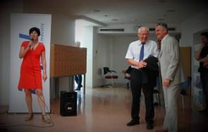 Nasmijani na otvaranju izložbe (foto TRIS/G. Šimac)