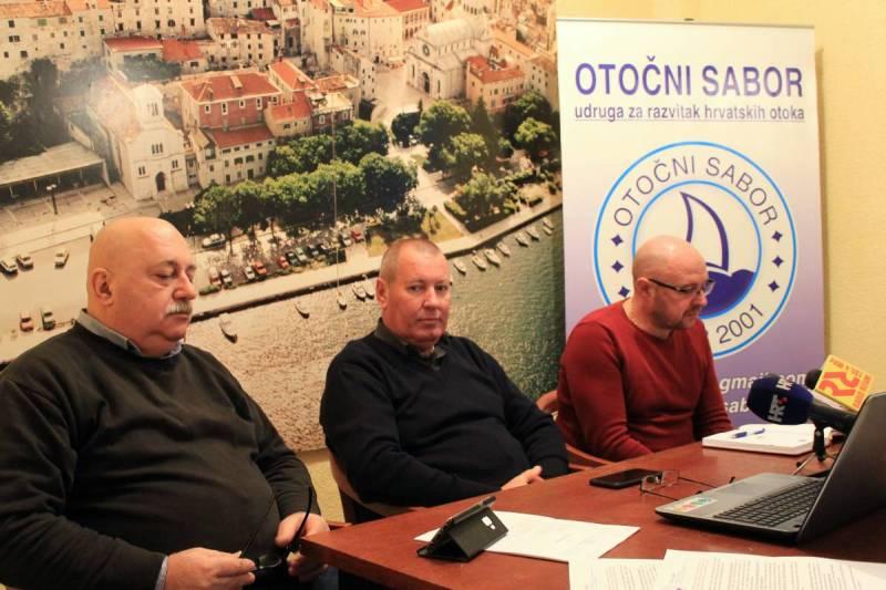 Otočni sabor traži najmanji iznos paušalnog poreza za iznajmljivače na otocima