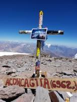 Na vrhu Južne Amerike ostavljana je spomen na Zlatibora Prgina