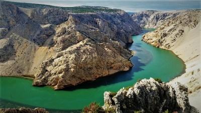 Rijeka Zrmanja - Ovo bi trebalo pod hitno uništiti?