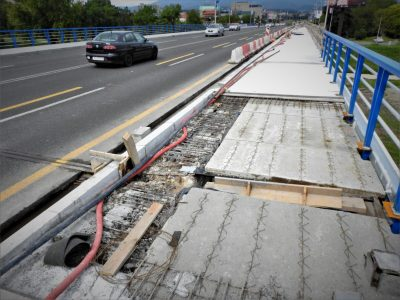 Razvaljeni most (foto TRIS/G. Šimac)