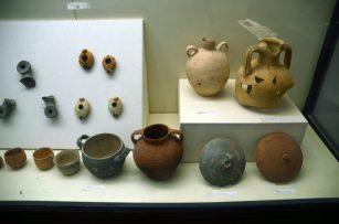 Arheološki nalazi iz okolice Mrtvog mora- muzej u Sodomi (foto J. Gracin)