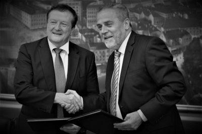 ILUSTRACIJA/ARHIVA: Boras (lijevio) i Bandić kojemu je dao 'počasni doktorat' foto Hina/ Tomislav Pavlek/ tp (obrada Tris)