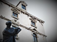 Marulić piše u tišini (foto TRIS/G. Šimac)
