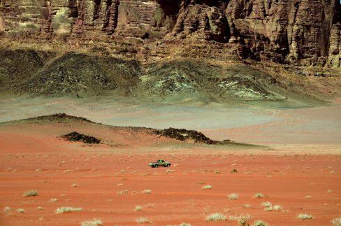 Toyota Hilux u prostranstvu Wadi Ruma ( foto Joso Gracin)