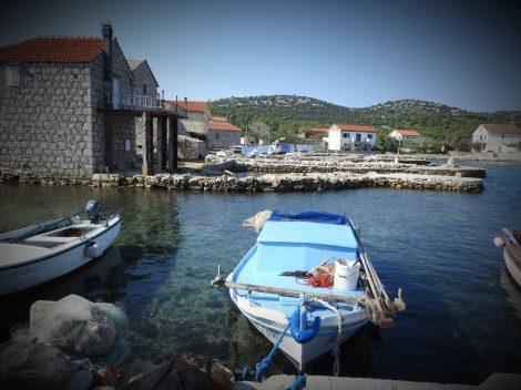 Slikovite stare rive i kuće (foto TRIS/G. Šimac)