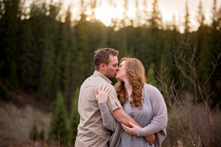 Engagement photography-kisses