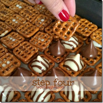 Sweet & Salty Chocolatey Pretzel Snacks by trishsutton.com 4 #hersheys #kisses #hugs #chocolate #pretzels