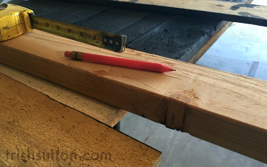 DIY Wood Pallet Floating Bar Trish Sutton
