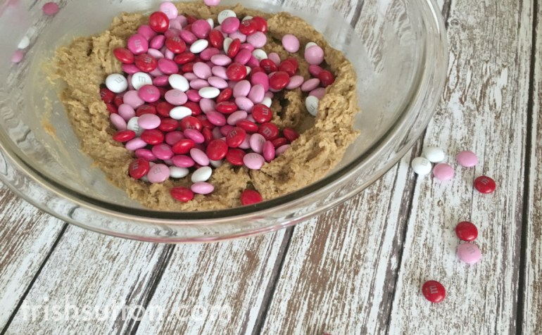 A sweet way to share your love on Valentine's Day is by way of Valentine Heart Cookie Bars! TrishSutton.com