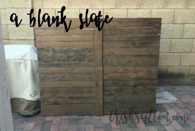 DIY Outdoor Wood Pallet Privacy Screen, TrishSutton.com