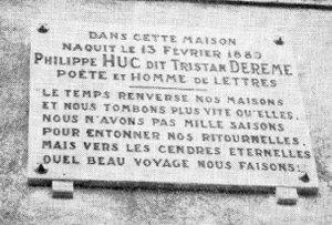 Plaque sur la maison natale de Tristan Derème