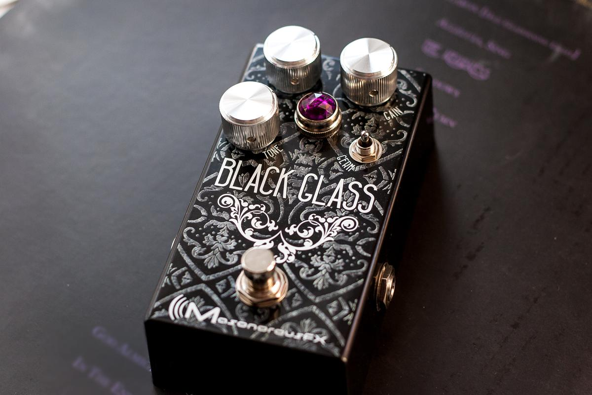 Product design: Black Glass Effects Pedal