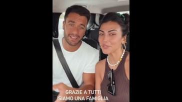Giulia Salemi e Pierpaolo Pretelli in macchina ringraziano i fans per gli ascolti della canzone