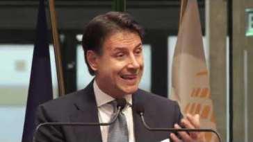 """Giuseppe Conte: """"Grillo decida se continuare a fare il padre padrone del Movimento"""""""