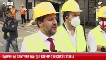 Il leader della Lega, Matteo Salvini, si è recato in visita oggi al cantiere della linea d…