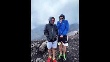 Tommaso Zorzi e Tommaso Stanzani scalano il vulcano Etna a Catania #tzvip