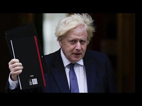 """Boris Johnson: """"Pronti ad accogliere quest'anno 5000 rifugiati afghani nel Regno Unito"""""""