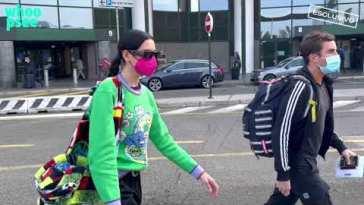 Dua Lipa atterra a Milano per la Fashion Week