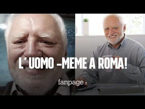 """""""Hide the pain Harold"""" ha passato le vacanze a Roma: è l'uomo – meme più famoso del mondo"""