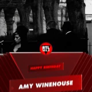 Oggi sarebbe stato il compleanno di Amy Winehouse, la diva del soul. #buoncompleanno #rtl…