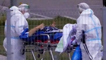 Russia, la nuova ondata Coronavirus ormai è uno tsunami: 35mila casi in un giorno