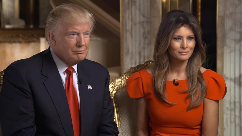 Donald Trump và vợ Melania Trump, một người nhập cư từ Slovenia trong buổi phỏng vấn của kênh CBS (Ảnh: CBS News)