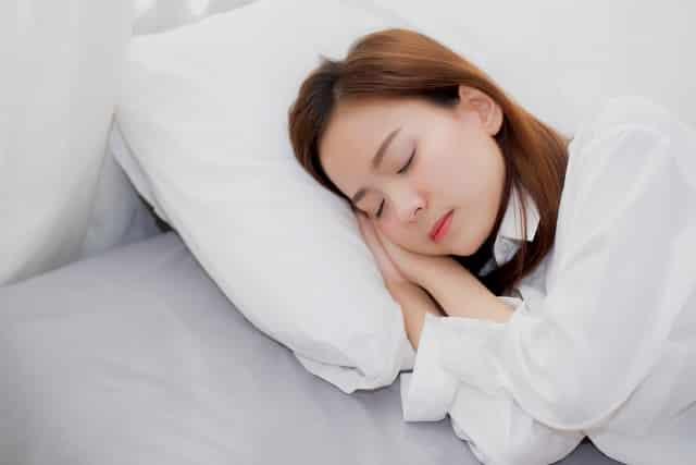 6 điều nhất định phải tránh khi ngủ, thói quen ngủ