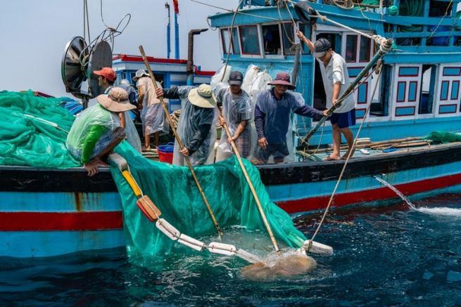 Thêm 16 ngư dân Việt Nam bị phía Malaysia bắt giữ - Trí Thức VN