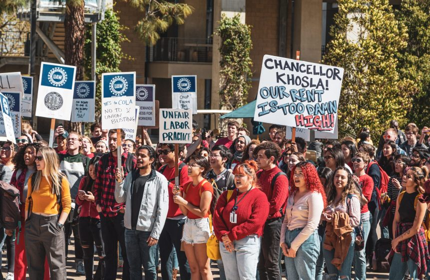 Photo of demonstrators in front of the Chancellor's Complex during a March 2 COLA at UCSD demonstration.