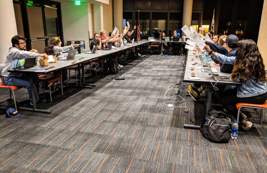Photo of the 2019-20 ASUCSD Senate meeting held on June 5, 2019 during a vote approving the summer budget.