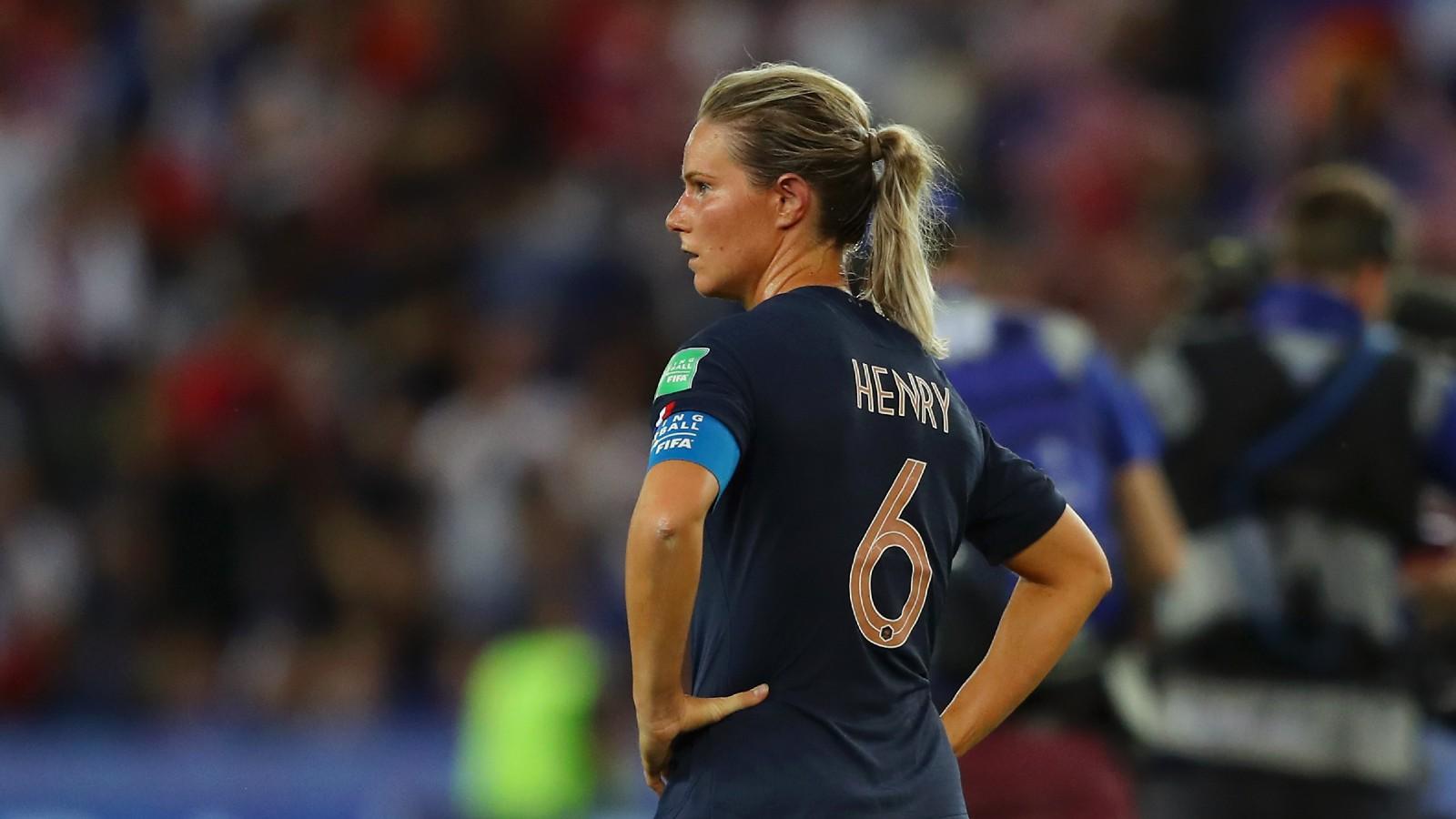 Capitã da seleção francesa, Henry detona Corinne Diacre e expõe conflito entre jogadoras e a técnica
