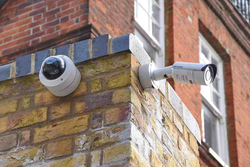 installing wireless CCTV