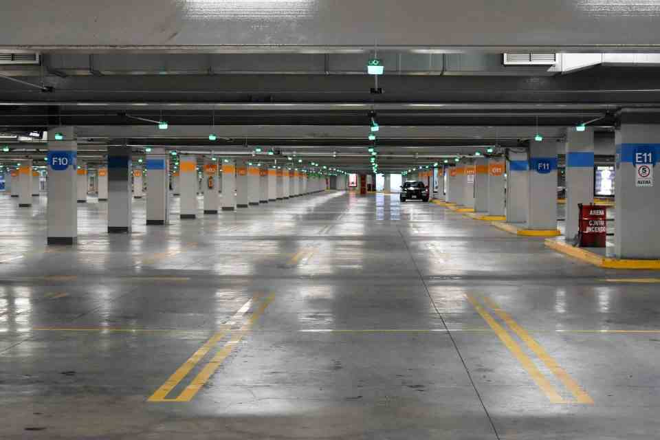 How Does Parking Management Software Work