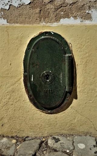 Faro old town hydrant niche