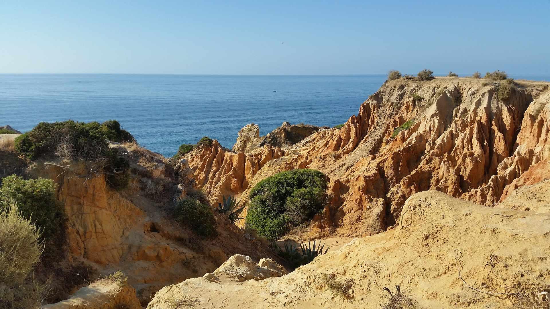Praia de Marinha - Lagao - Algarve - Landscape over clifs