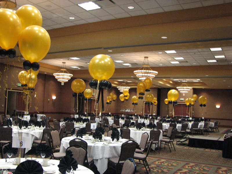 Black And Gold Party Decorations
